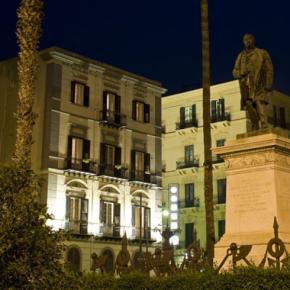 Hostales y Albergues - Hotel Joli