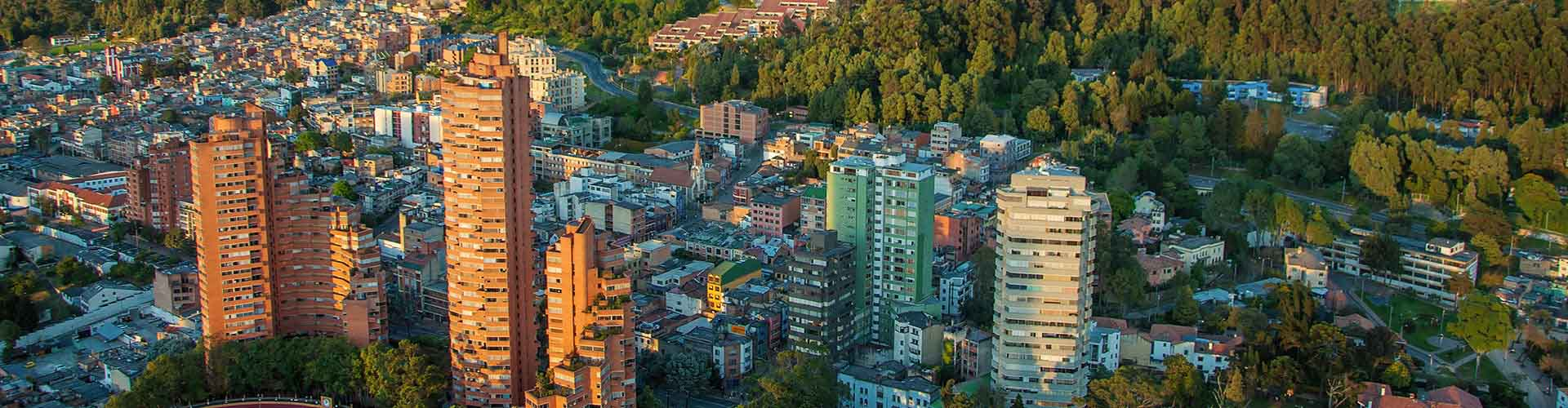 Bogotá - Hostales en el distrito Granada. Mapas de Bogotá, Fotos y comentarios de cada Hostal en Bogotá.