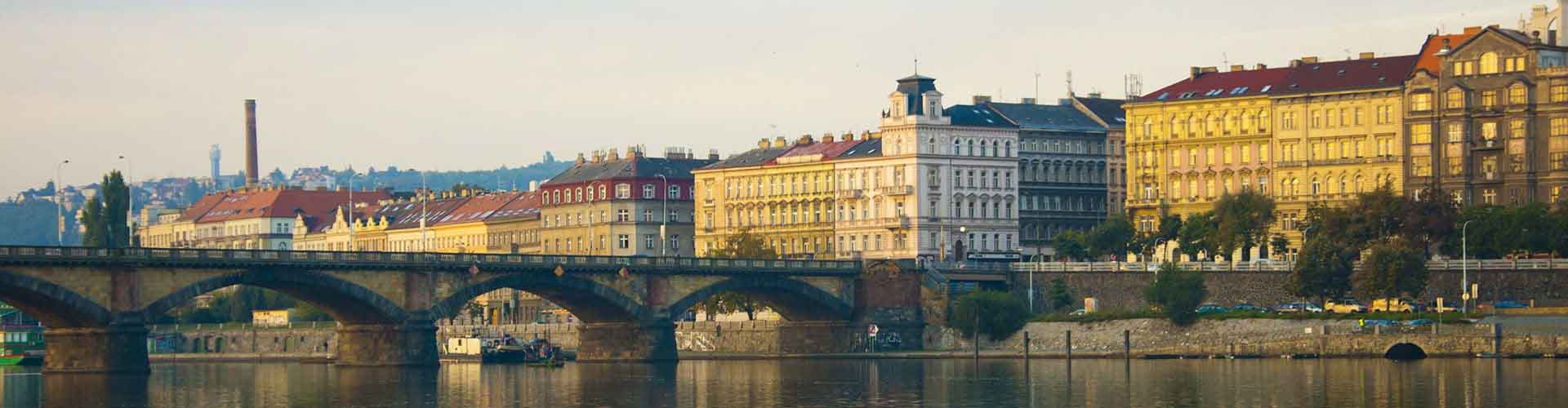 Praga - Hostales en el distrito Praga 2. Mapas de Praga, Fotos y comentarios de cada Hostal en Praga.