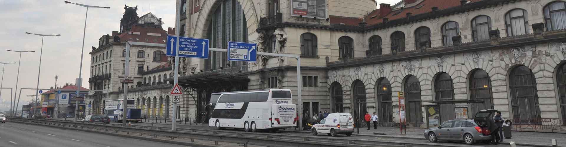 Praga - Hostales cerca a Estación de tren de Hlavní nádraží. Mapas de Praga, Fotos y comentarios de cada Hostal en Praga.