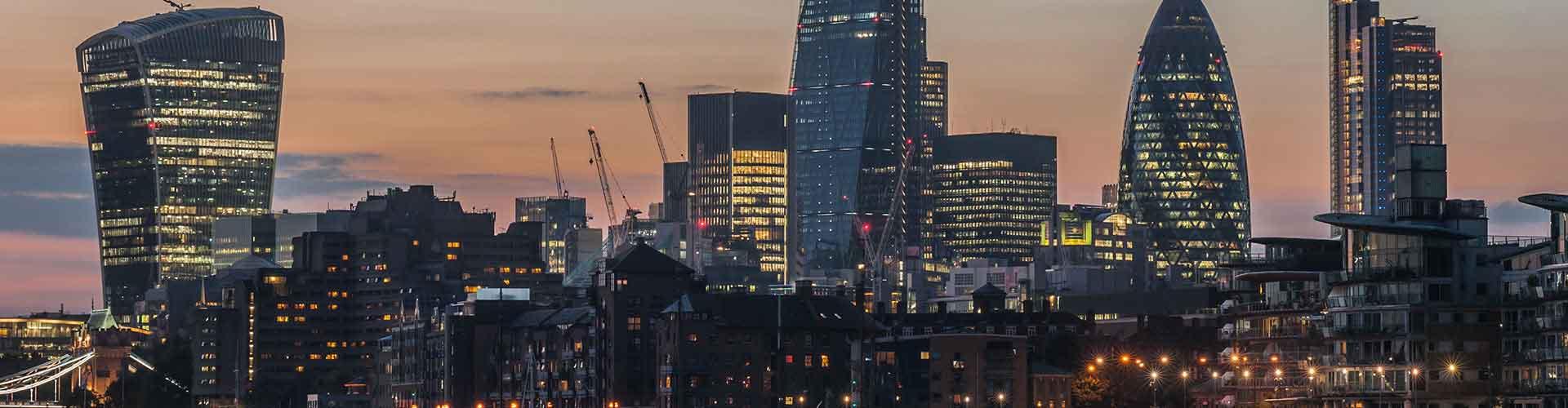 Londres - Hostales cerca a 20 Fenchurch Street. Mapas de Londres, Fotos y comentarios de cada Hostal en Londres.