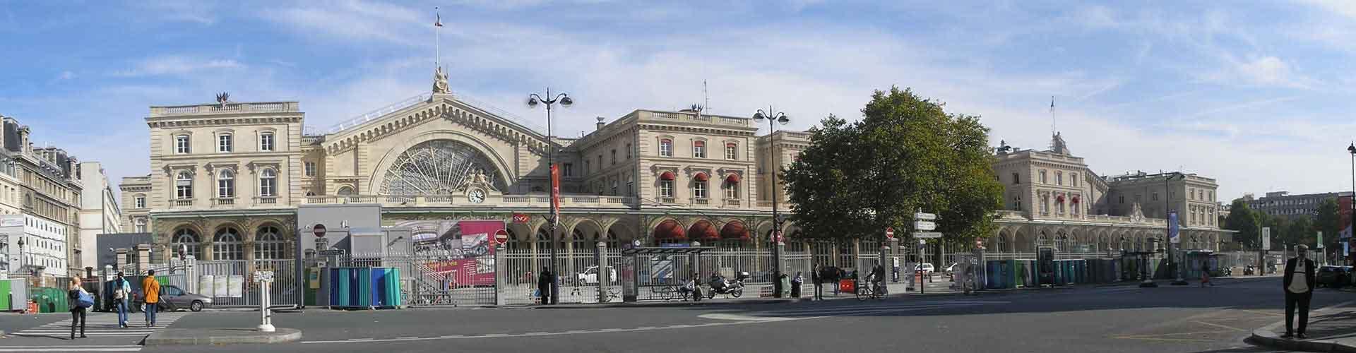 París - Hostales en el distrito Dixième arrondissement. Mapas de París, Fotos y comentarios de cada Hostal en París.