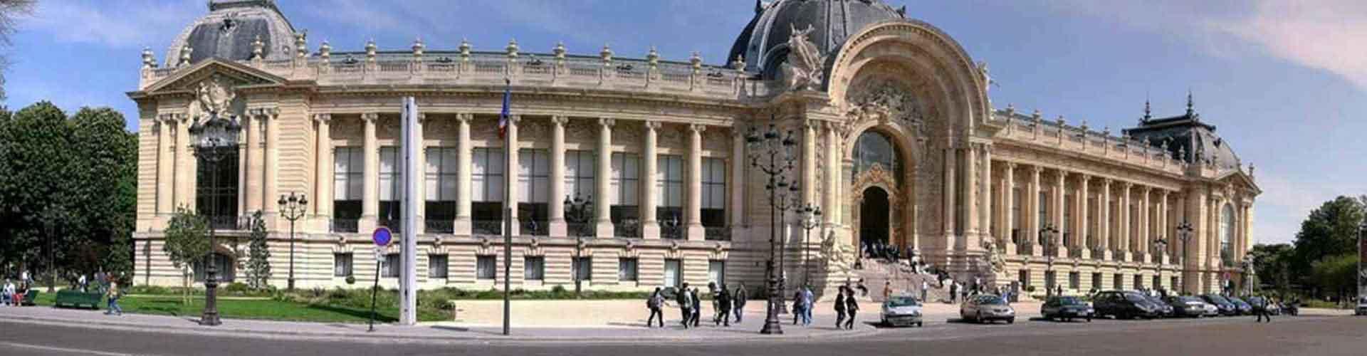 París - Campamentos cerca a Petit Palais. Mapas de París, Fotos y comentarios de cada Campamento en París.