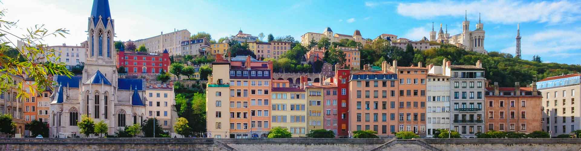 Lyon - Hoteles baratos en el distrito 8e. Mapas de Lyon, Fotos y comentarios de cada Hotel barato en Lyon.