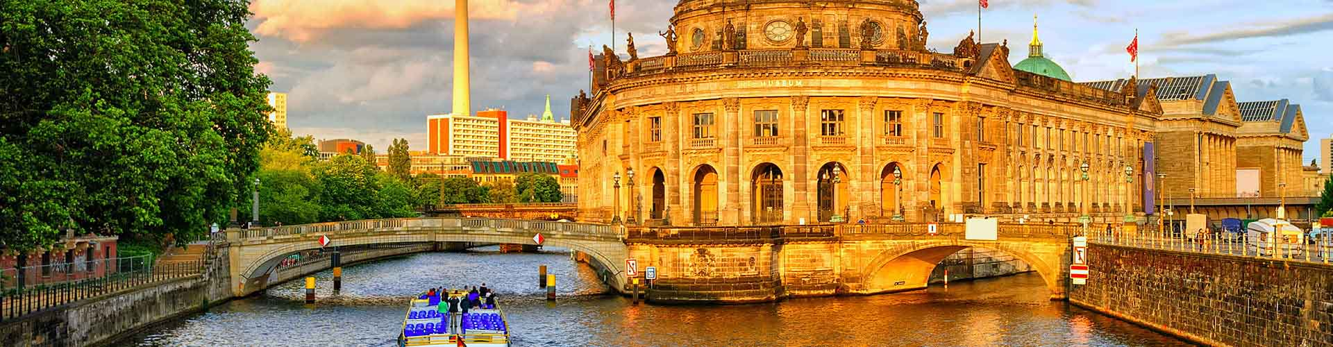 Berlín - Hostales en el distrito Distrito Kreuzberg. Mapas de Berlín, Fotos y comentarios de cada Hostal en Berlín.