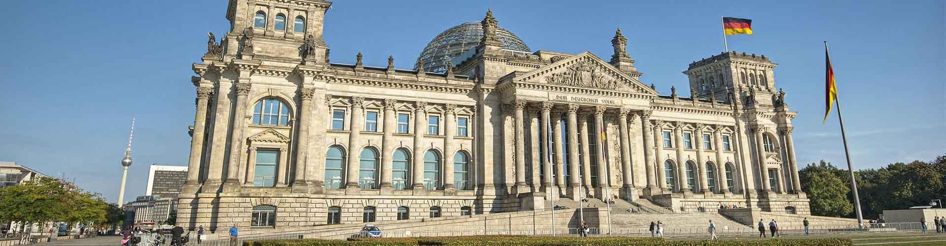Berlín - Campamentos cerca a Edificio del Reichstag. Mapas de Berlín, Fotos y comentarios de cada Campamento en Berlín.