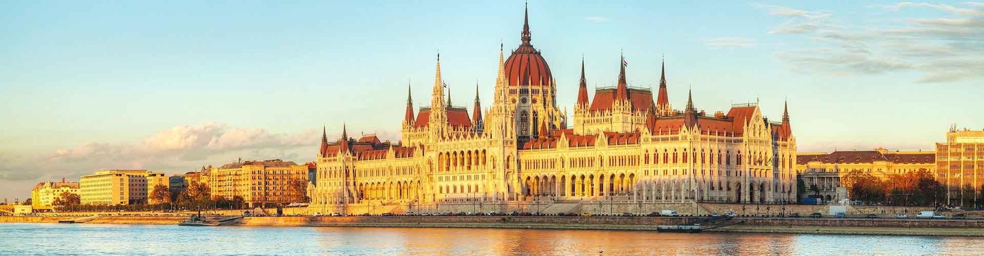 Budapest - Habitaciones cerca a Hungría Edificio del Parlamento. Mapas de Budapest, Fotos y comentarios de cada Habitación en Budapest.