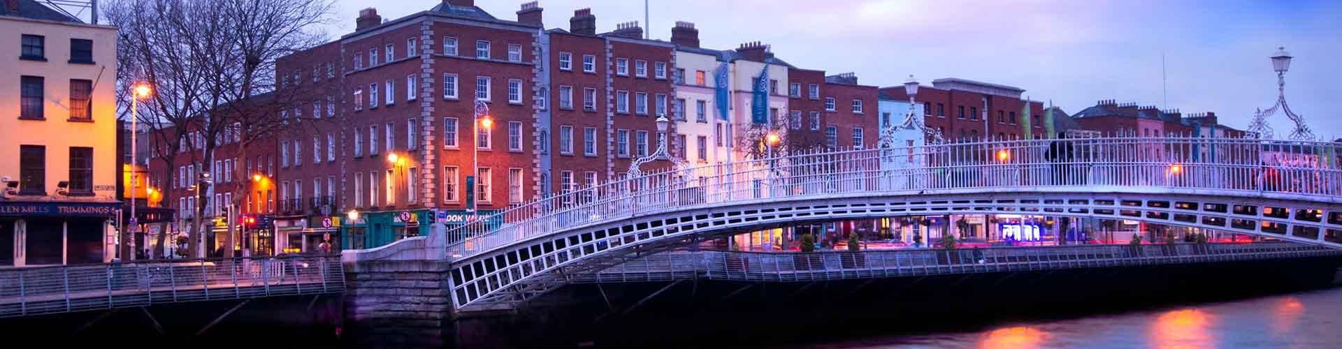 Dublín - Hostales cerca a Ha'Penny Bridge. Mapas de Dublín, Fotos y comentarios de cada Hostal en Dublín.