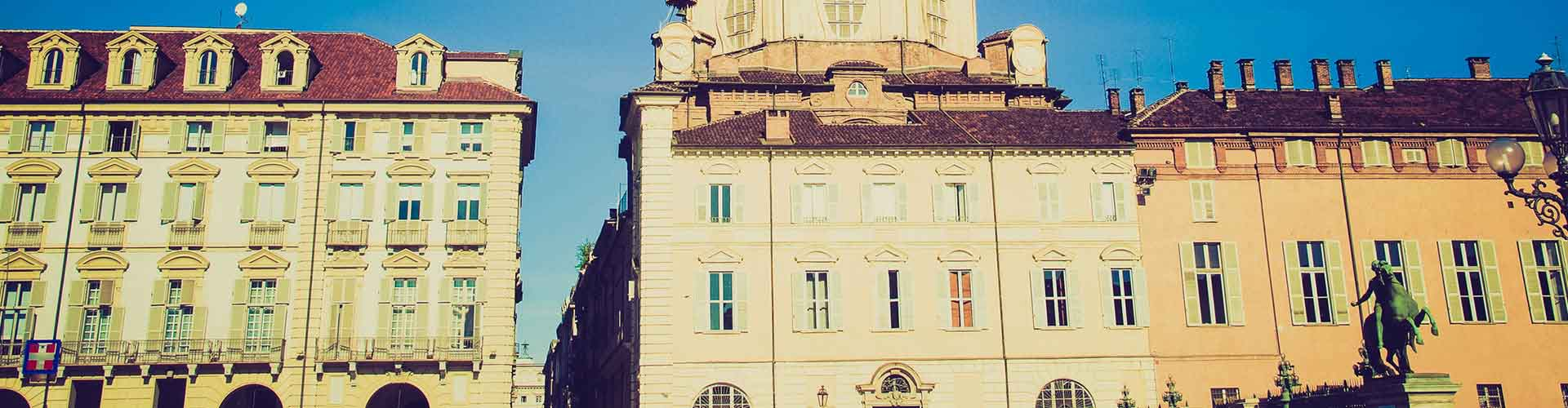 Nápoles - Apartamentos en el distrito San Lorenzo. Mapas de Nápoles, Fotos y comentarios de cada Apartamento en Nápoles.