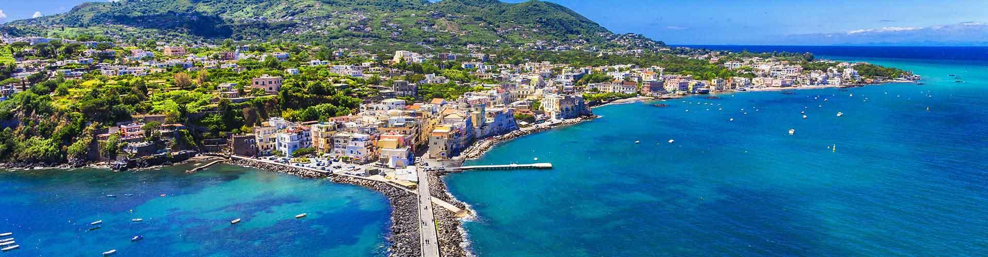 Ischia - Campamentos en Ischia. Mapas de Ischia, Fotos y comentarios de cada Campamento en Ischia.