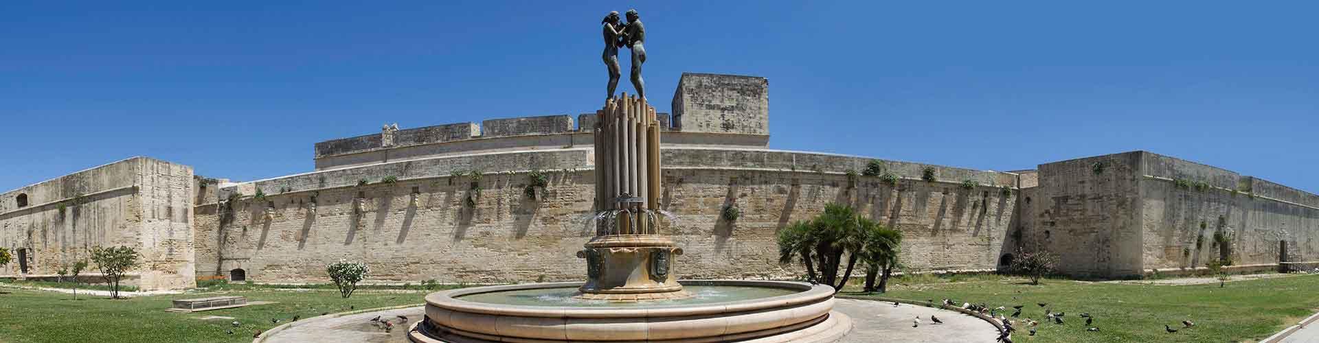 Lecce - Hostales en Lecce. Mapas de Lecce, Fotos y comentarios de cada Hostal en Lecce.