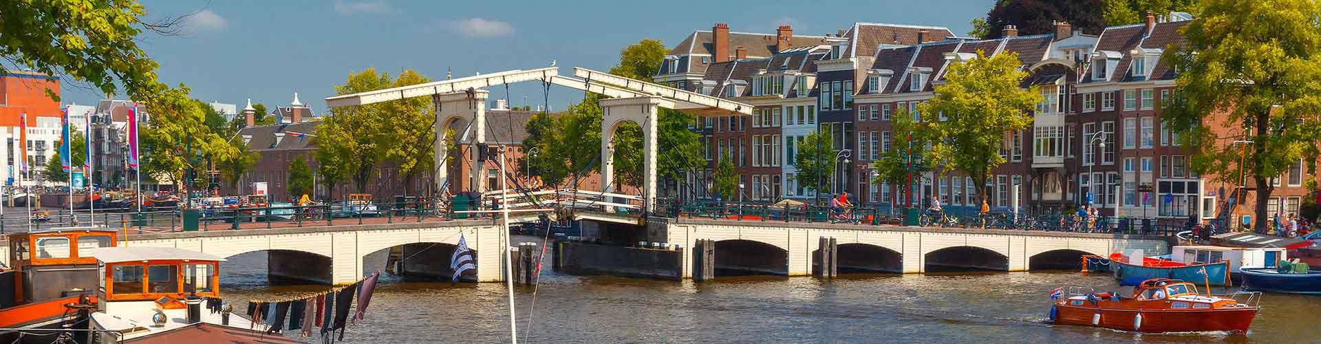 Amsterdam - Habitaciones cerca a Magere Brug. Mapas de Amsterdam, Fotos y comentarios de cada Habitación en Amsterdam.