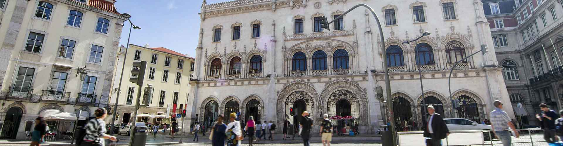 Lisboa - Habitaciones cerca a Estación de tren de Rossio. Mapas de Lisboa, Fotos y comentarios de cada Habitación en Lisboa.