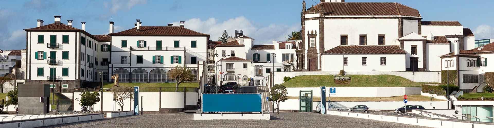 Ponta Delgada - Apartamentos en Ponta Delgada. Mapas de Ponta Delgada, Fotos y comentarios de cada Apartamento en Ponta Delgada.