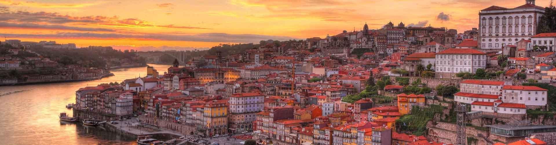 Porto - Hostales cerca a City Center. Mapas de Porto, Fotos y comentarios de cada Hostal en Porto.