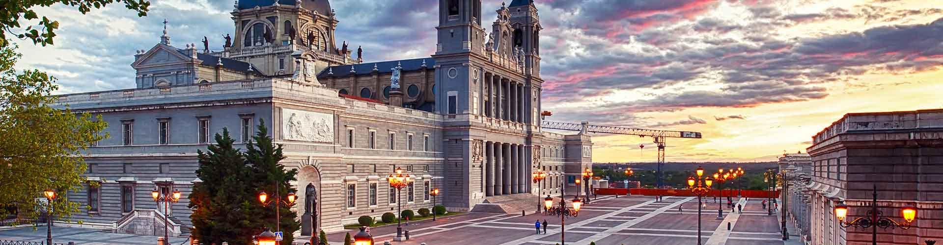 Madrid - Apartamentos en el distrito Centro. Mapas de Madrid, Fotos y comentarios de cada Apartamento en Madrid.