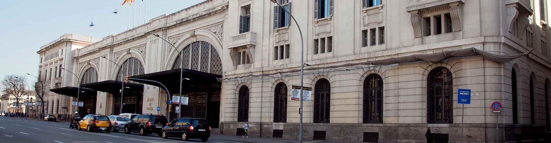 Barcelona - Campamentos cerca a Estación de tren de França. Mapas de Barcelona, Fotos y comentarios de cada Campamento en Barcelona.