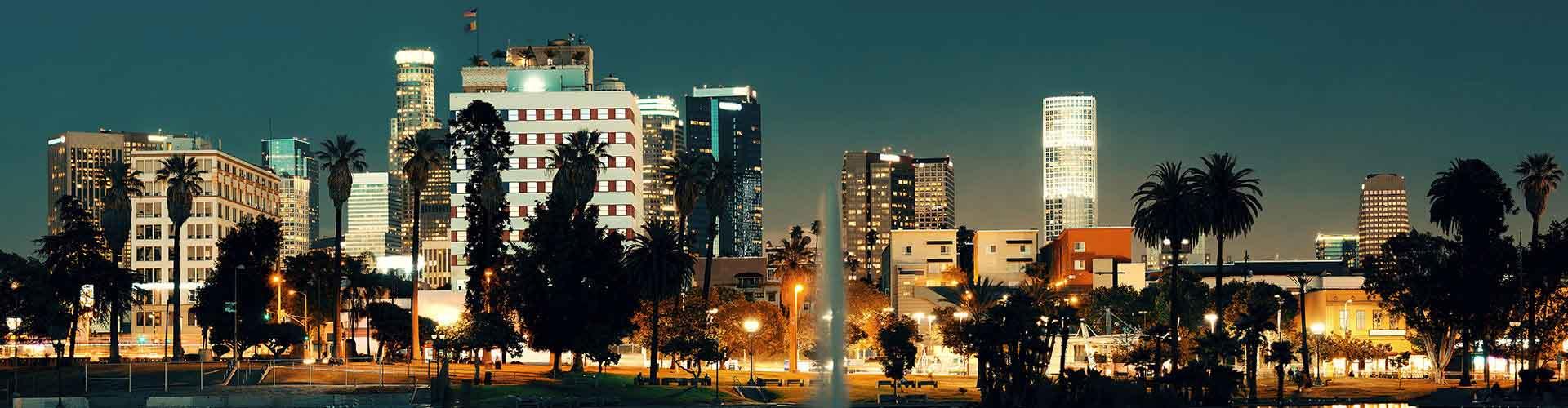 Los Ángeles - Campamentos cerca a Torre del banco de EE.UU.. Mapas de Los Ángeles, Fotos y comentarios de cada Campamento en Los Ángeles.